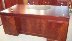 desk-set-500x288